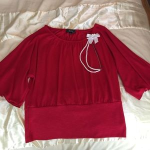 Tops - Large Red Top With Bow